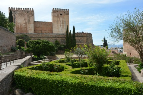 Photo of the Alhambra entrance and Charles V Palace. Images of Alhambra: Photo by Eduardo Libby