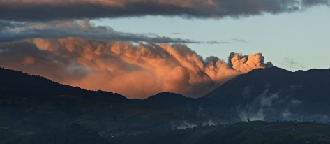 Image of the ash plume from Turrialba Volcano in Costa Rica at sunset. Photo by Eduardo Libby