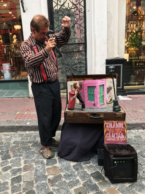 Street puppeteer in San Telmo, Buenos Aires. Photo by Eduardo Libby